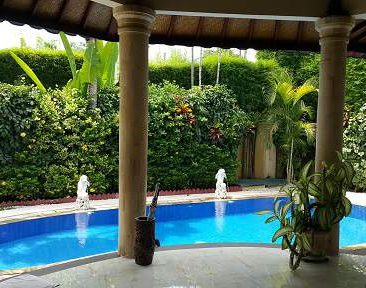 MBO VILLAS pool from open lounge area