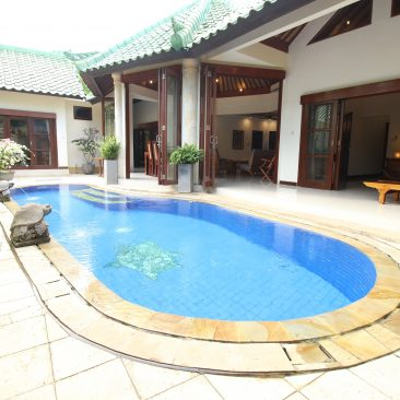 Pool View Entering